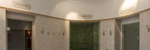 Erlebnis-Dusche und Sauna im Wellnesshotel Cresta Flims
