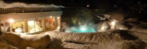 Winter Abendstimmung im Wellnessbereich in Flims