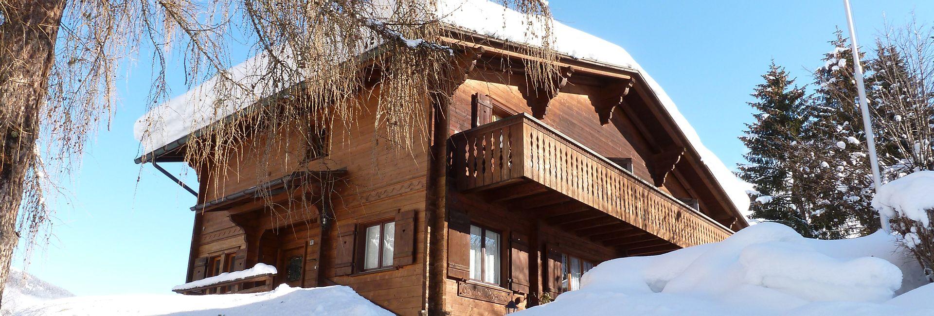 Chalet Rosina Nebengebäude des Hotel Cresta in Flims